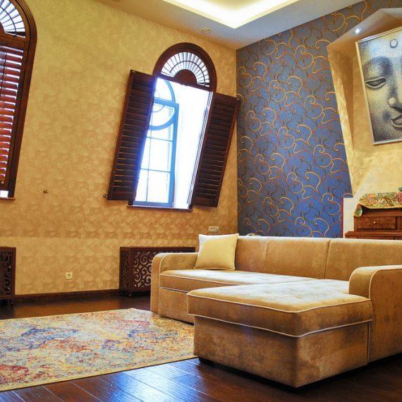 Шангри-Ла (303): Двухкомнатные апартаменты. Большая комната.