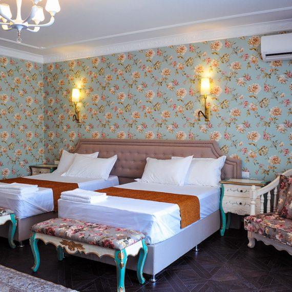 Марсель (101): Две односпальные кровати или одна двухспальная кинг сайз