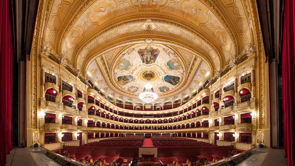 фото оперный театр Одессы